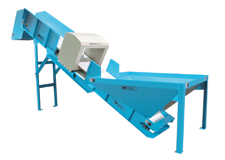 Shredder/Grinder Feed Conveyor w/optional metal detector